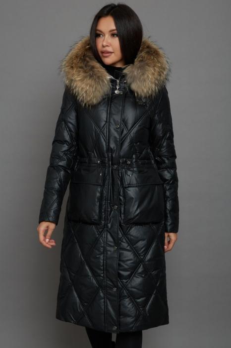 Модное пальто с натуральным мехом