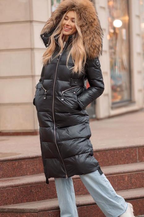 Длинное пальто с воротником из лисы