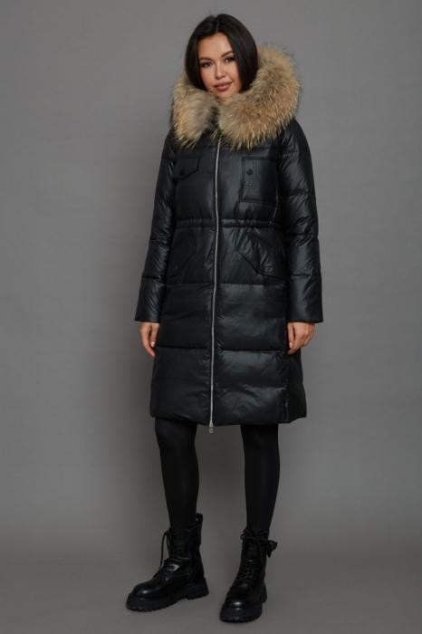 Пальто с мехом средней длинны на зиму